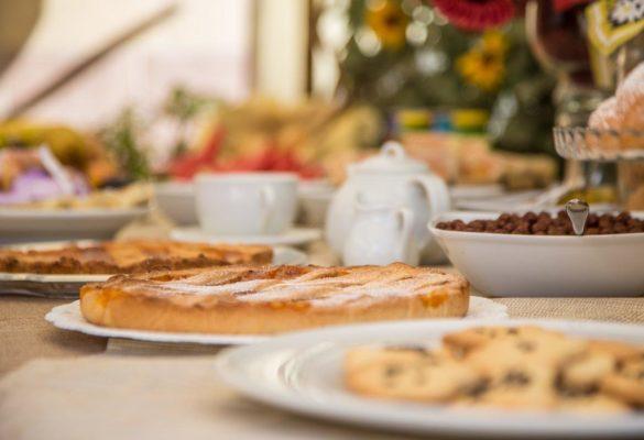 colazione con torte